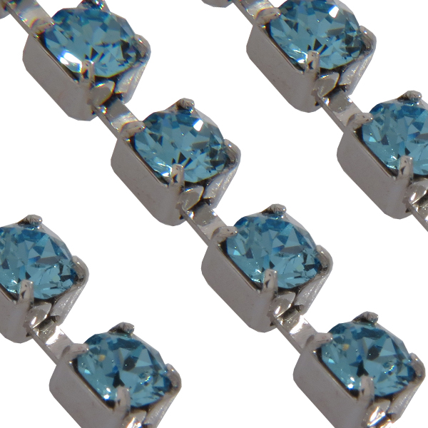 Swarovski 27104 Rhinestone Chain ss17 (pp32) Aquamarine/Silver (Rhodium)