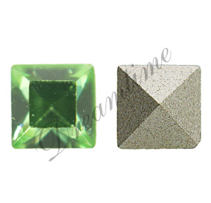 Swarovski 4428 Square Fancy Stone Peridot 4mm