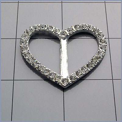 Heart Shaped Rhinestone Buckle